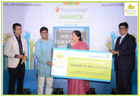 Selva G. receives Volunteer Hero Award at iVolunteer Awards Ceremony